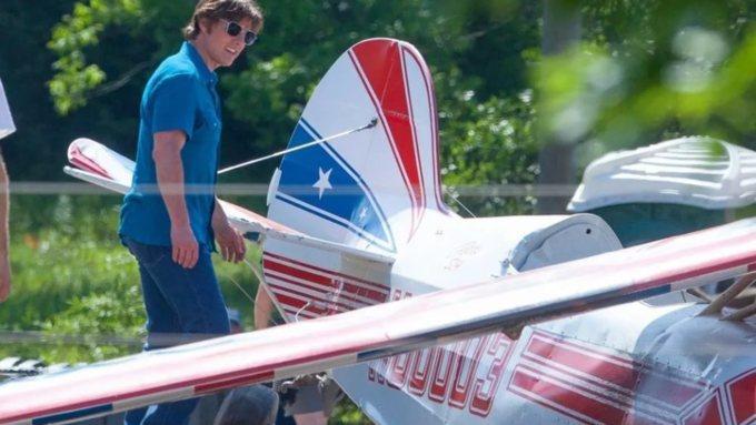 """Картинки по запросу Тома Круза обвинили в гибели двух пилотов на съёмках фильма """"Сделано в Америке"""""""