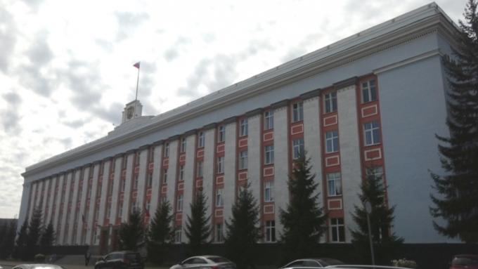 Обыски идут вадминистрации Алтайского края