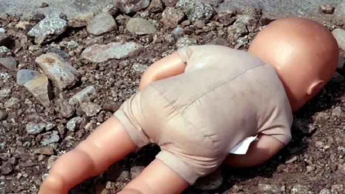 Сегодня вБийске отыскали мертвого малыша вмусорном баке (добавлено видео)