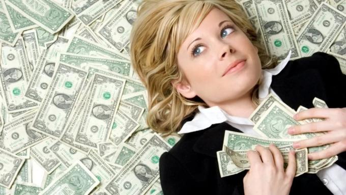 Жители России сообщили, что 50 000 руб. вмесяц— это превосходная заработная плата