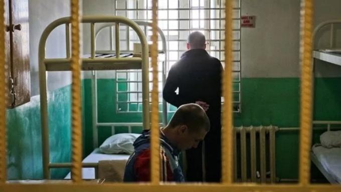 Алтайская генпрокуратура проверила СИЗО, где люди объявили голодовку