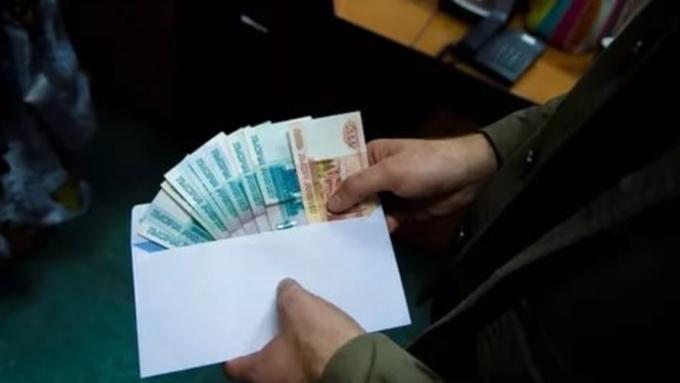 ВБарнауле мнимый работник  ФСБ вымогал деньги за«решение вопросов»