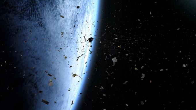 Через 20 лет космический сор начнет падать наЗемлю— Ученые
