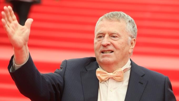 «Дам поморде, лжец!» Жириновский устроил истерику вэфире Соловьева