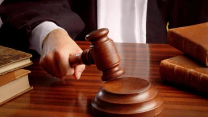 Руководителя компании будут судить заприсвоение денежных средств авиапредприятия «Алтай»