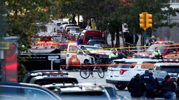 8 человек погибли, неменее  12 пострадали— Теракт вНью-Йорке
