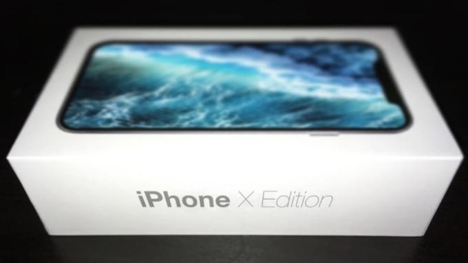 Вweb-сети начали арендовать коробки из-под iPhone X, чтобы делать селфи