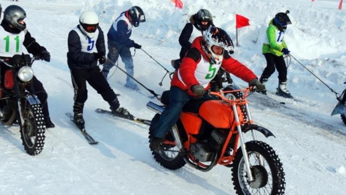 Гонки мотолыжных экипажей устроят на«Алтайской зимовке»