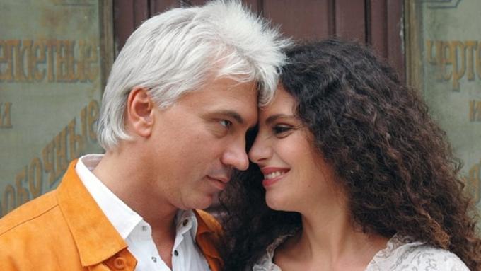 Вдова Хворостовского поблагодарила его почитателей заподдержку семьи
