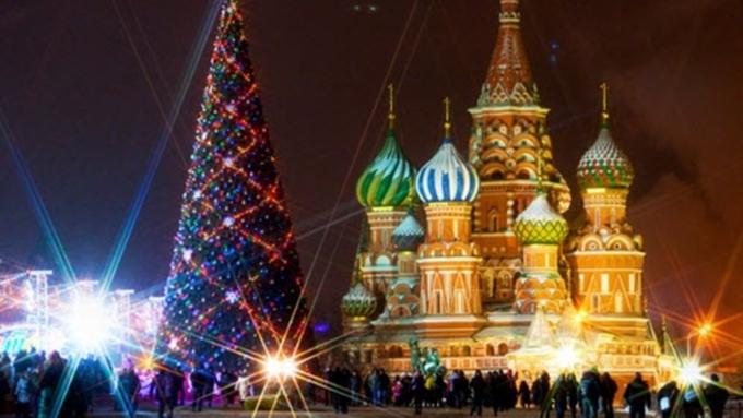 Практически 2 млн руб. истратят алтайские власти наКремлевскую елку