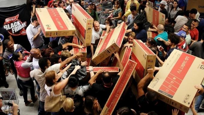 Рекорд посумме онлайн-покупок в«черную пятницу» установили жители Америки