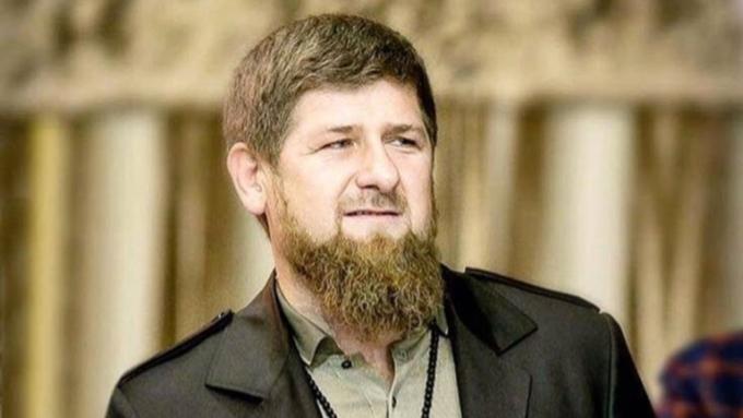 Кадыров объявил ожелании покинуть пост руководителя Чечни