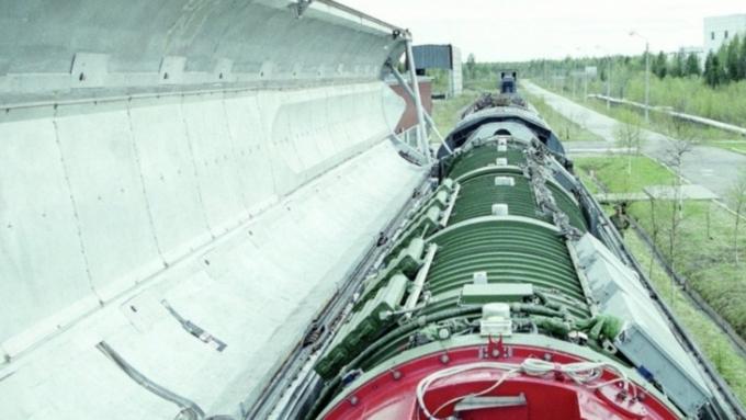 Разработка боевого железнодорожного комплекса «Баргузин» прекращена