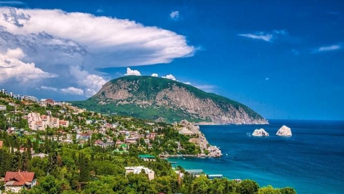 Власти Крыма в предстоящем 2018-ом году распродадут государственное имущество на3 млрд руб.
