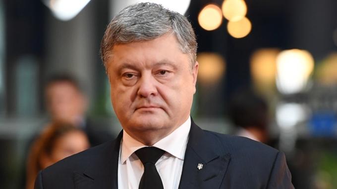 Активисты вызволили Саакашвили измашины СБУ. Онпризвал идти свергать Порошенко