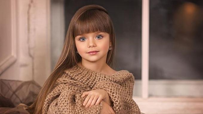 Британская пресса назвала небольшую русскую модель «самой красивой девочкой мира»