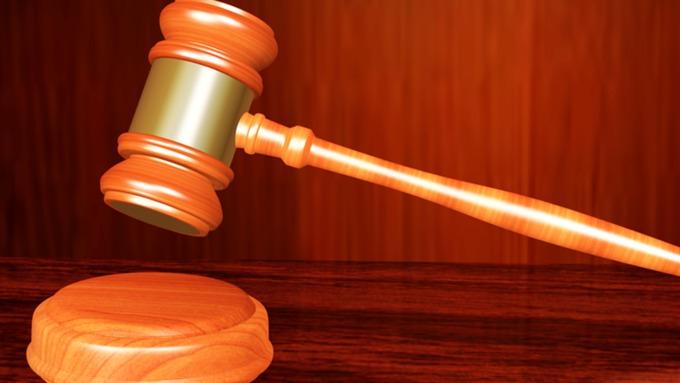 Прежний работник алтайского Минстройтранса пойдет под суд завзяточничество