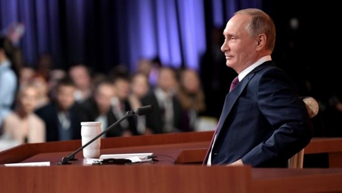 Немне подвергать анализу работу президента Трампа— Путин