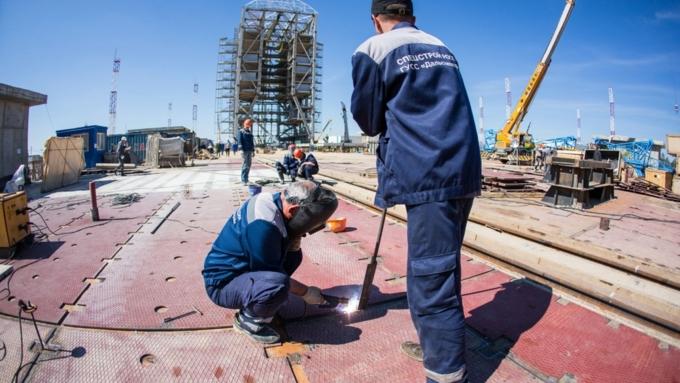 Строителям космодрома Восточный выплатили 2,2 млн руб. долгов по заработной плате