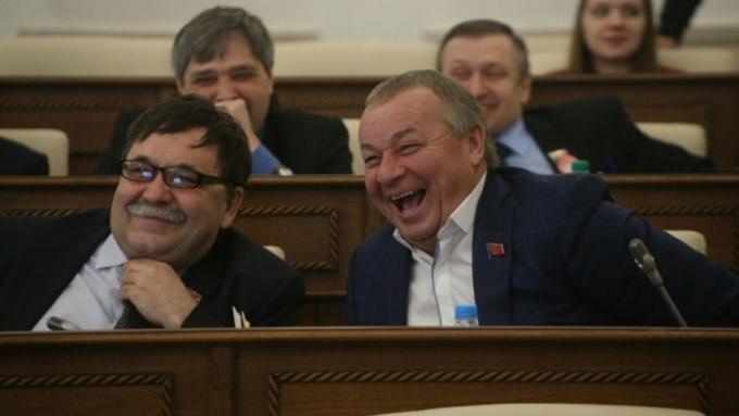 Народные избранники ЗСК запретят СМИ-иноагентам изсоедененных штатов присутствовать на обсуждениях регионального парламента