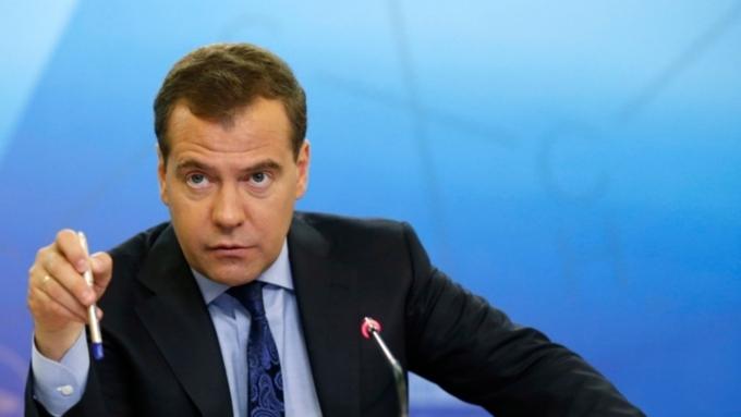 Медведев: Задолженность по заработной плате в Российской Федерации заноябрь сократилась на11%