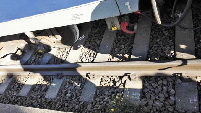 В Приморье сошел с рельсов пассажирский поезд, следовавший в КНДР