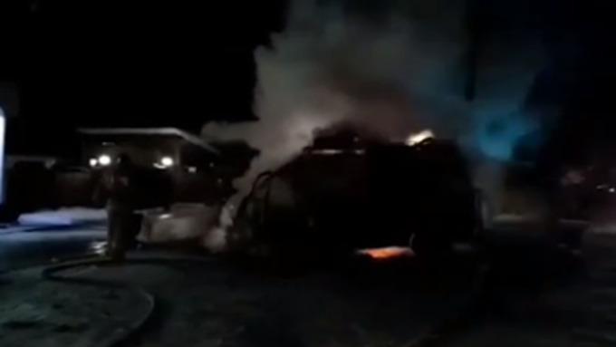 Под Дивногорском курящий шофёр подорвал микроавтобус спетардами