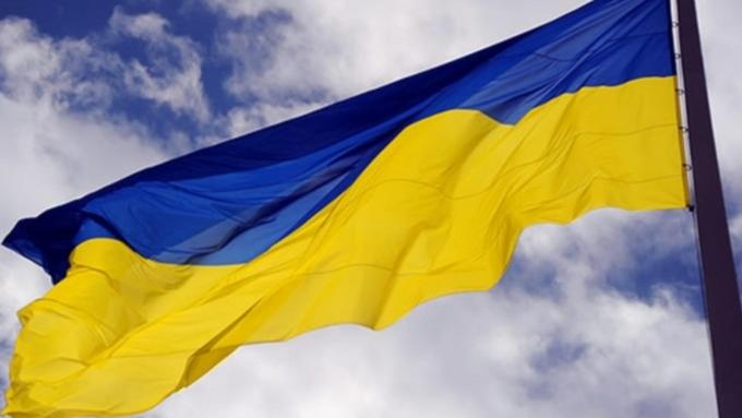 ВПольше работодатель заставляет украинцев носить сине-желтую форму