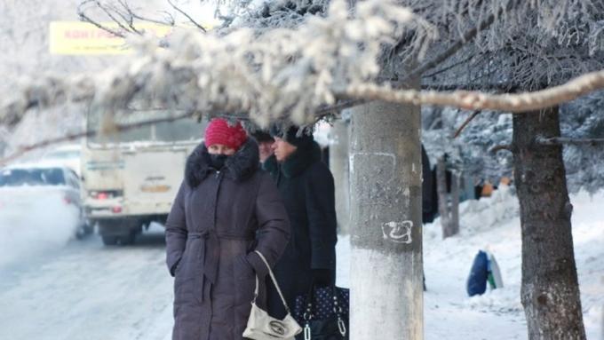 ВКрыму вновь объявлено штормовое предупреждение: снегопады, гололёд, сильный шквалистый ветер