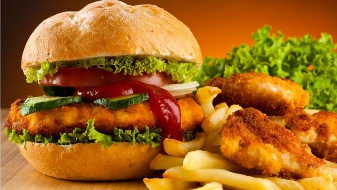 Учёные отыскали связь между жирной пищей ипрогрессированием рака