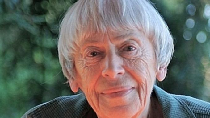 ВСША скончалась писательница-фантаст Урсула ЛеГуин