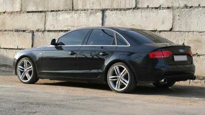 Ауди отзывает в РФ практически 4,9 тыс. авто