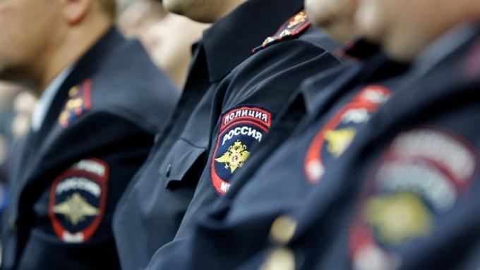 Неменее 3 тыс. полицейских охраняют сегодня избирательные участки Поморья