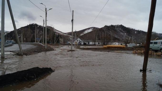 Губернатор Алтайского края ввел режимЧС вКраснощековском районе из-за паводка