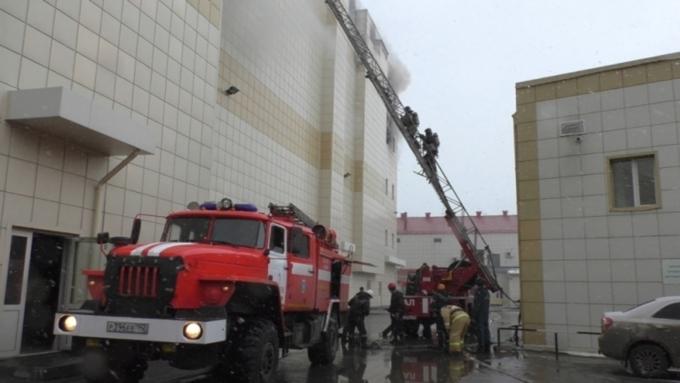 Семьям жертв пожара вкемеровскомТЦ выплатят по1 млн руб.