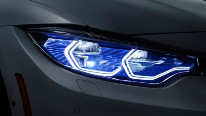 Английские специалисты признали светодиодные фары небезопасными для водителей