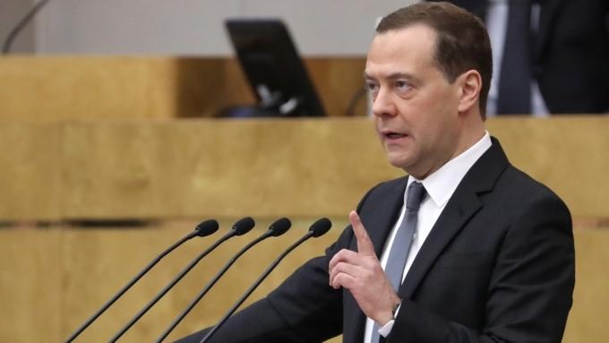 Медведев освободил отдолжности замглавы Росавиации, отвечавшего залетную годность судов