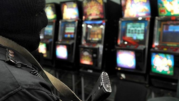 Оргонизация подпольных казино игровые автоматы игратъ рулетка бесплата