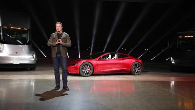 Илон Маск поведал о новоиспеченной модификации электрокара Tesla
