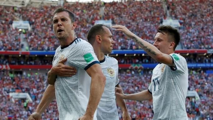 Русские футболисты неполучат денег отгосударства