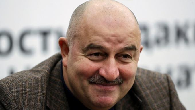 Песков объявил , что Путин пригласил российскую сборную на рассмотрение  итоговЧМ