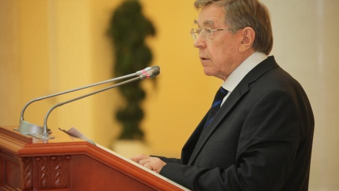 Ушел изжизни один из создателей КонституцииРФ Вениамин Яковлев
