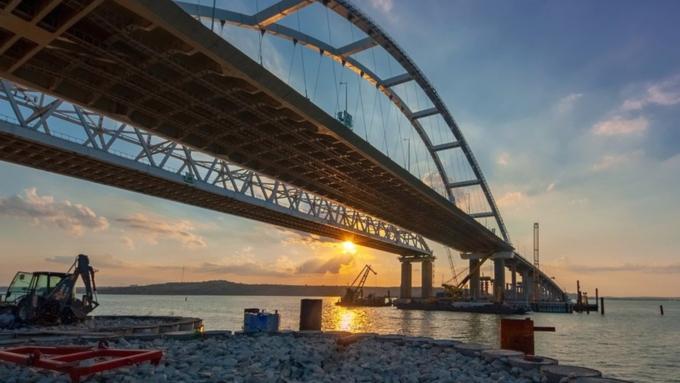ЕСввел санкции против строителей Крымского моста