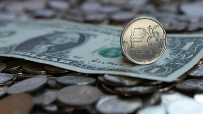 Министр финансов РФ закупит валюту нарекордные 383 млрд руб.