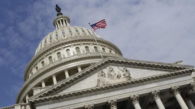 Американский конгрессмен призвал покончить с«одержимостью Россией»