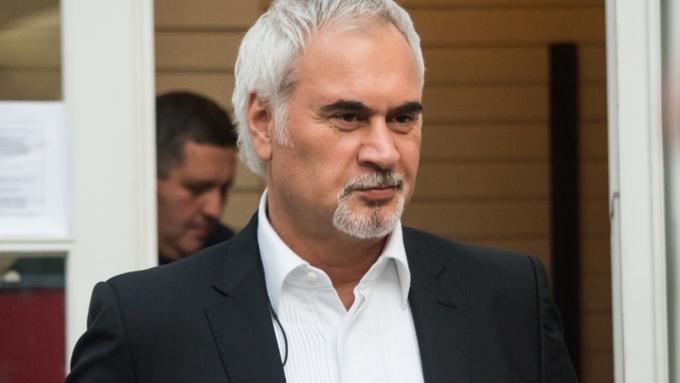 Меладзе разъяснил решение получить гражданство Грузии