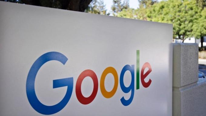 Операторы хотят возложить расходы назакон Яровой наGoogle и социальная сеть Facebook