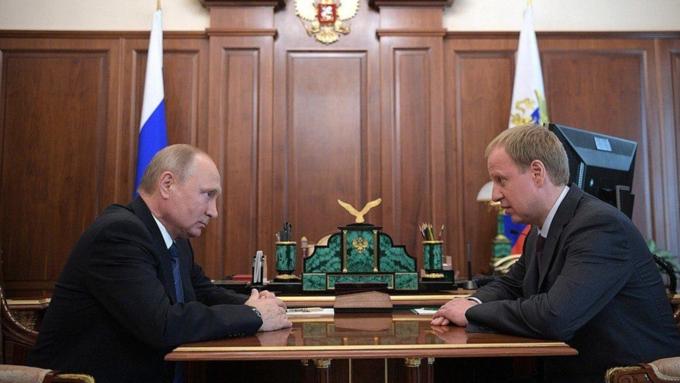 Владимир Путин встретился сврио губернатора Алтайского края Виктором Томенко