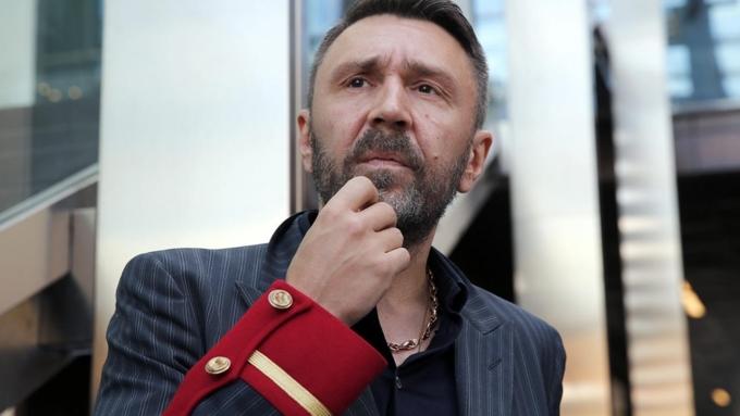 Шнуров посвятил нецензурную оду Кокорину и Мамаеву | Футбол