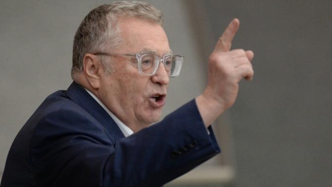 Жириновский проговорился о «закрывающей всю планету» С-700